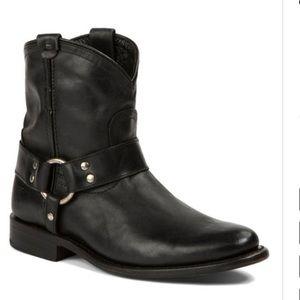 Frye Wyatt Black Harness Short Boot, size 10
